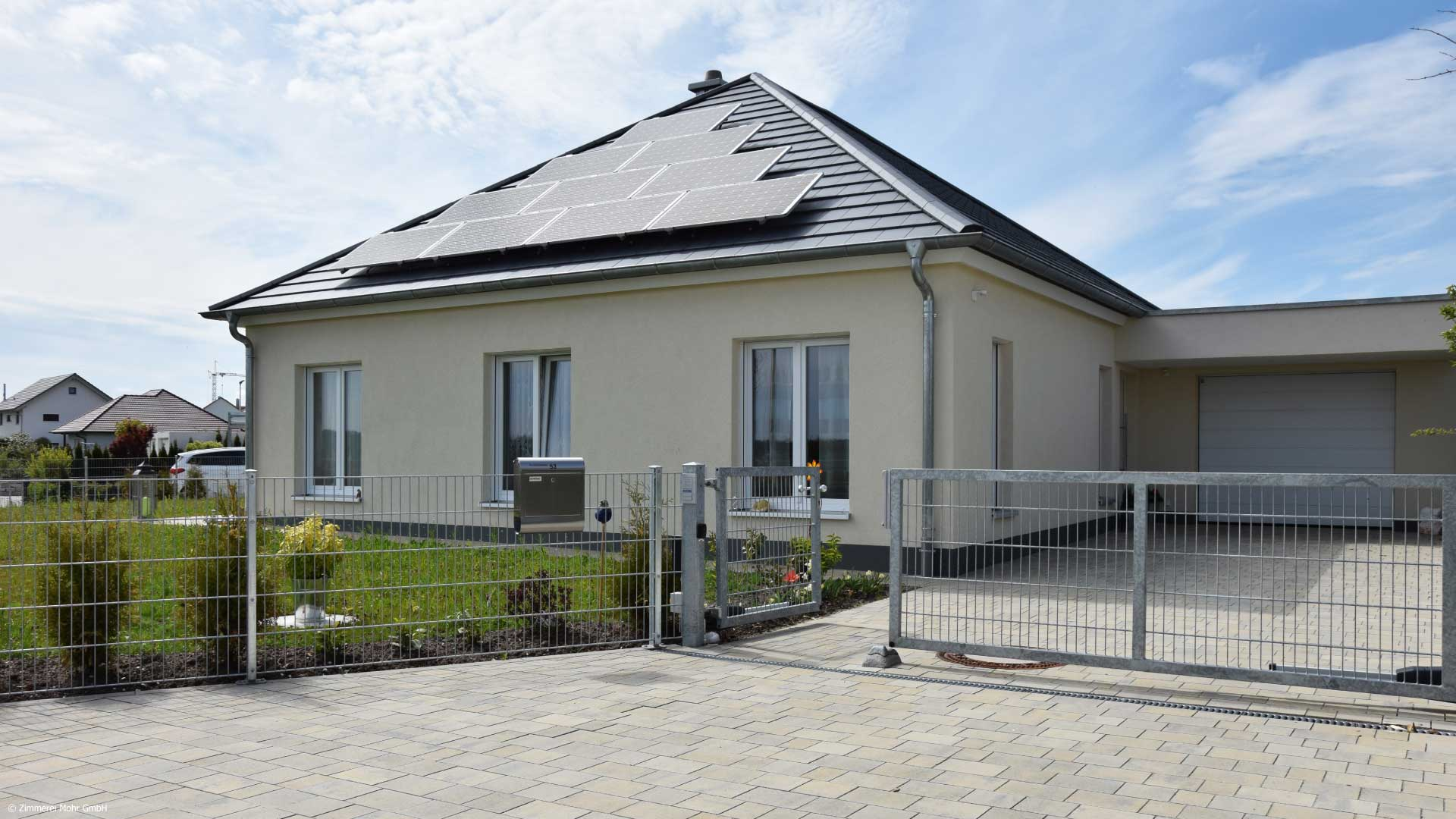 Bungalow CLASSIC - Wohnhaus mit Garage in Holzbauweise